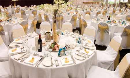mariage-table-repas-assis